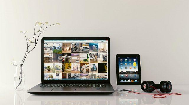 Le rôle des technologies de l'information dans la société d'aujourd'hui du multimédia