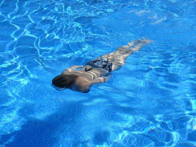 La natation permet d'améliorer l'endurance et la santé cardiovasculaire